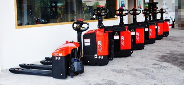 供应用于仓储搬运的全自动搬运车深圳2吨电动手动车多少钱、顺旺发全电动搬运车