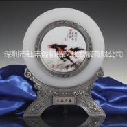 深圳钰丰源志在千里琉璃玉圆盘图片