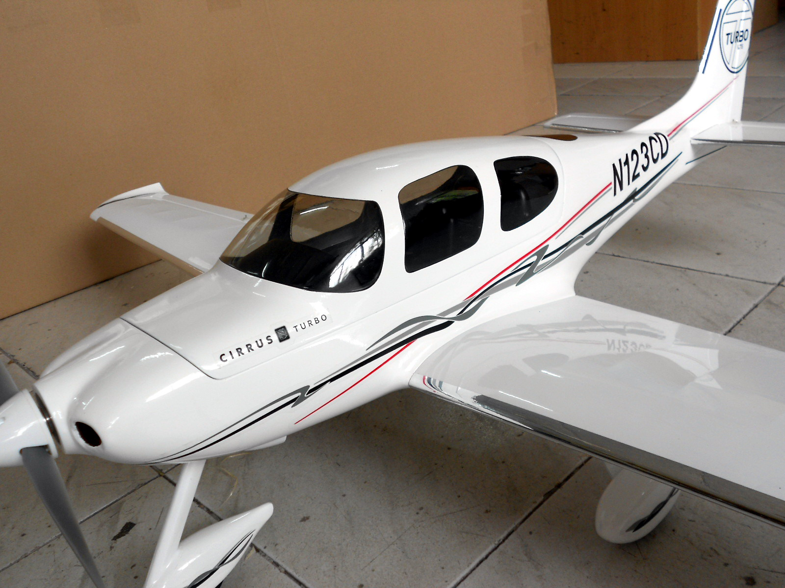 西锐sr22遥控固定翼航模飞机现已到报价