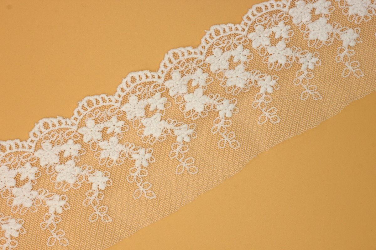 用于服装家纺的刺绣花边网布刺绣内衣花边服装辅料