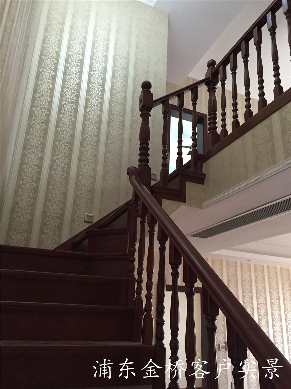 专业定做整体橡木木楼梯扶手安装价格