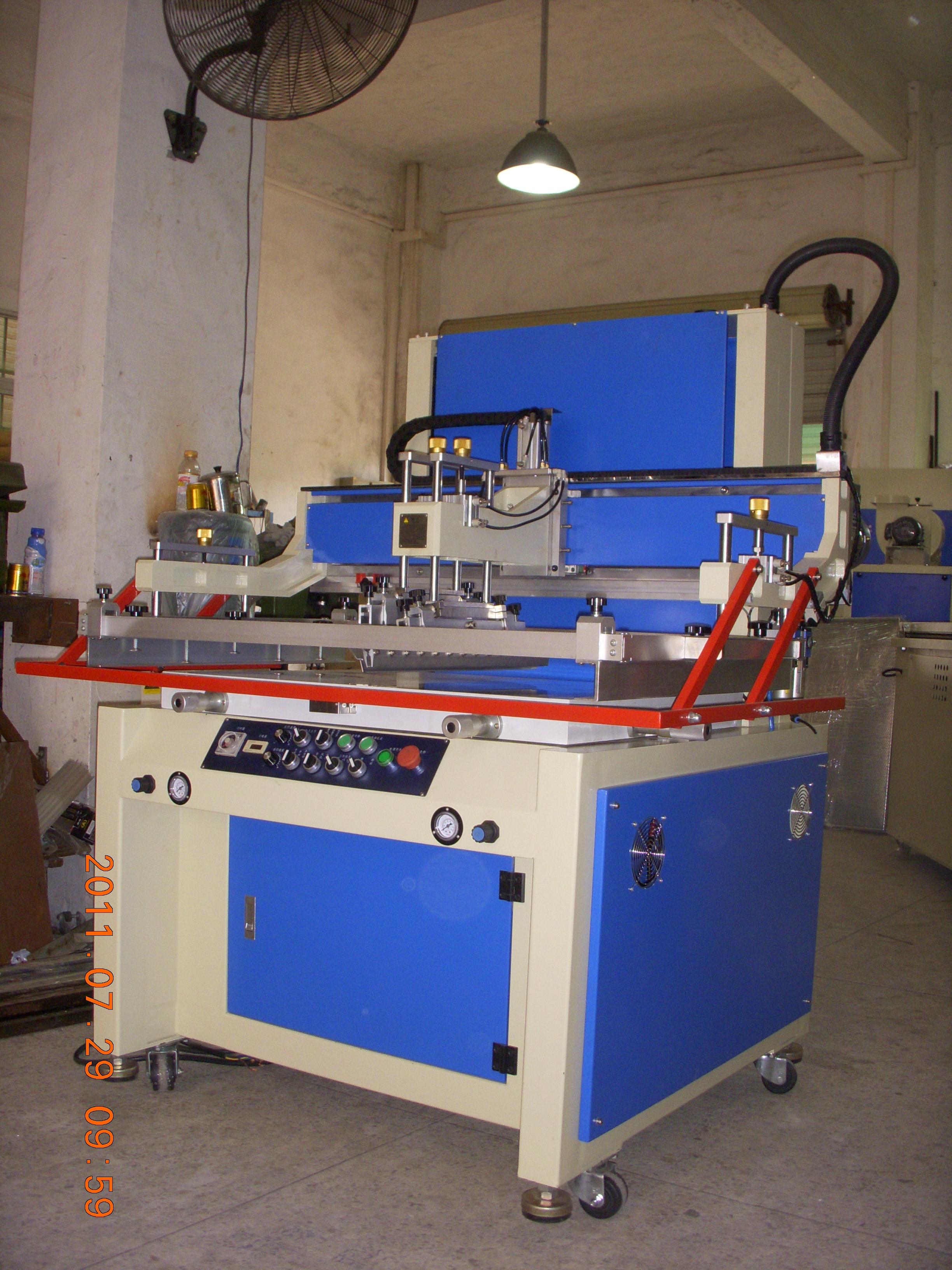 供应东莞包装盒包装瓶烟盒半自动丝印机,包装印刷机,全自动网印机,东莞丝印机,