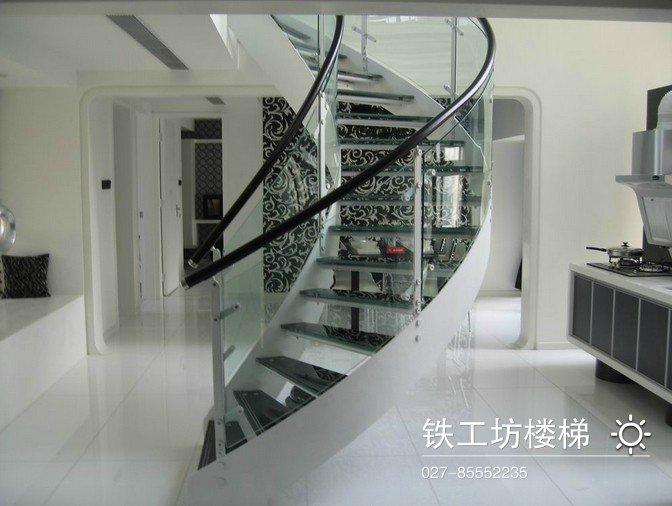 钢木楼梯|旋转钢木楼梯玻璃扶手价格