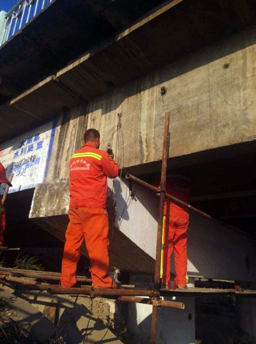 专业更换高铁盆座 桥粱抬升 桥粱加固 江西支座垫石处理