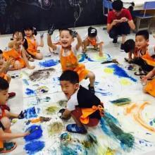 儿童早教教育的萌卡纳儿童美术加盟