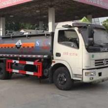 供应东风盐酸硫酸化工液体运输车(4.6吨)多利卡衬塑防腐罐车批发