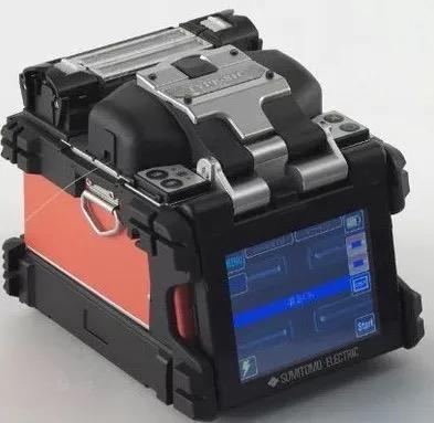 供应原装进口住友--81C光纤熔接机  TYPE-81C单芯光纤熔接机,高速高效熔接6S/加热14S,双模的加热管。