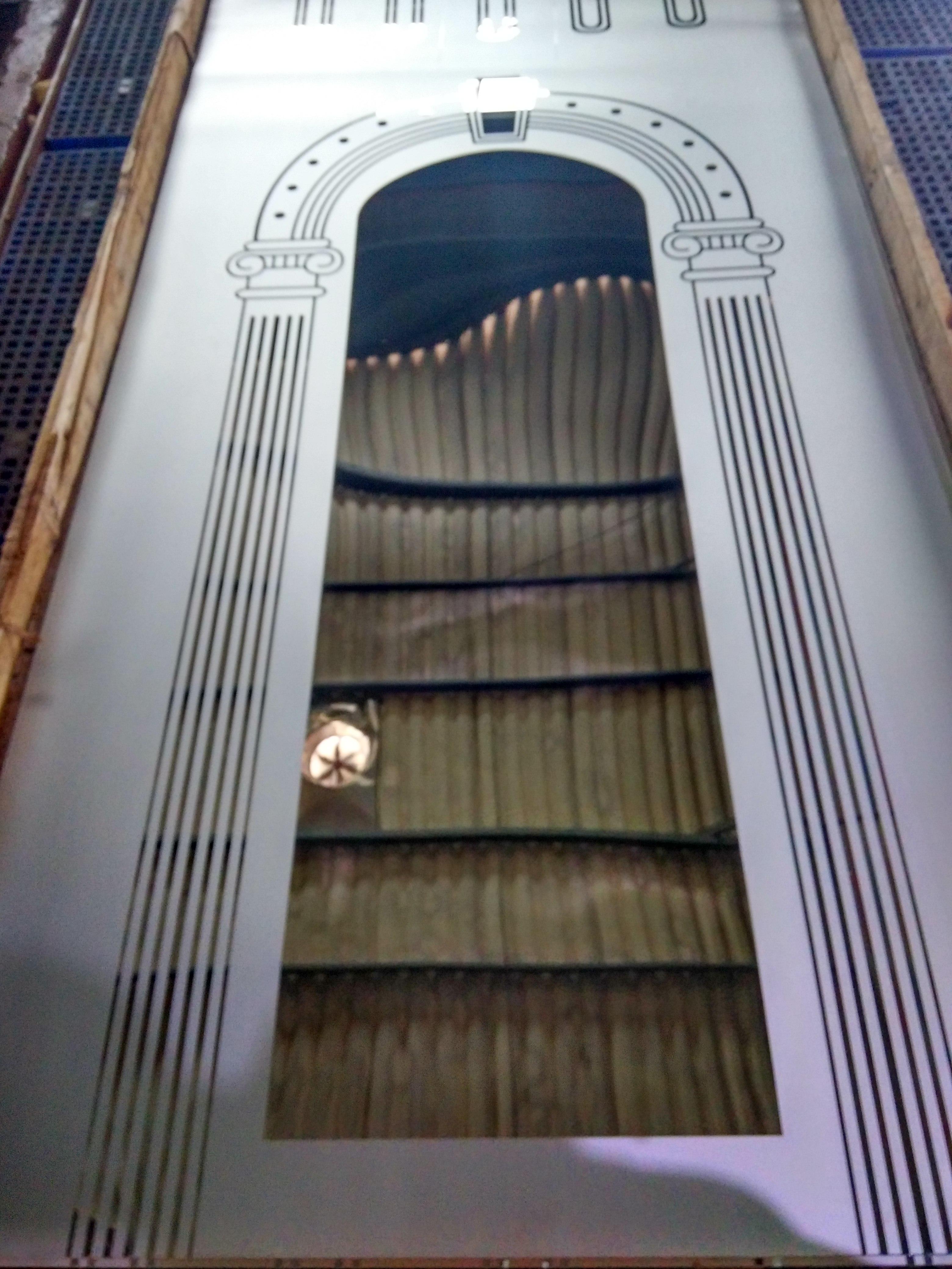 青岛不锈钢电梯门板 蚀刻不锈钢电梯门板价格 电梯门板批发厂家