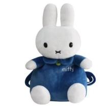 毛绒公仔厂家提供毛绒背包定做   加工毛绒背包  订做卡通背包玩具  开发设计背包玩具图片