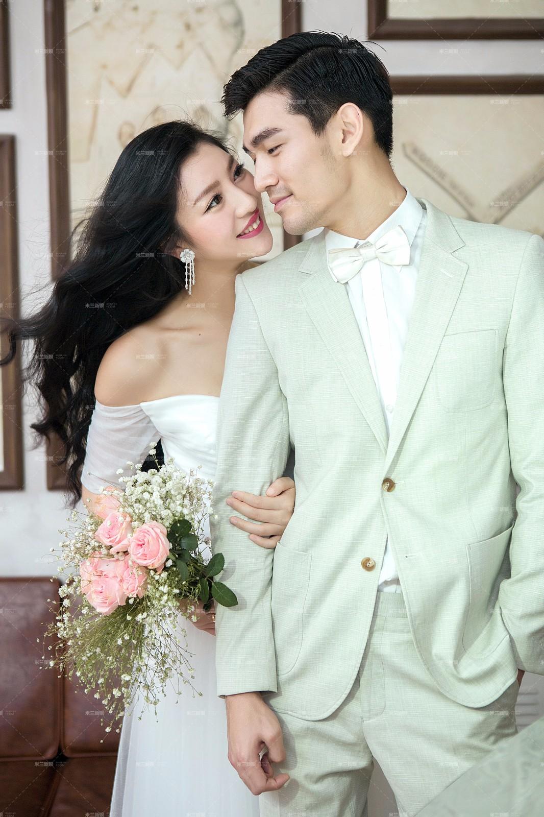 韩版婚纱露肩婚纱蕾丝婚纱公主款婚纱图片大全