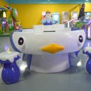 企鹅沙桌摊位游戏机玻璃钢太空火星图片