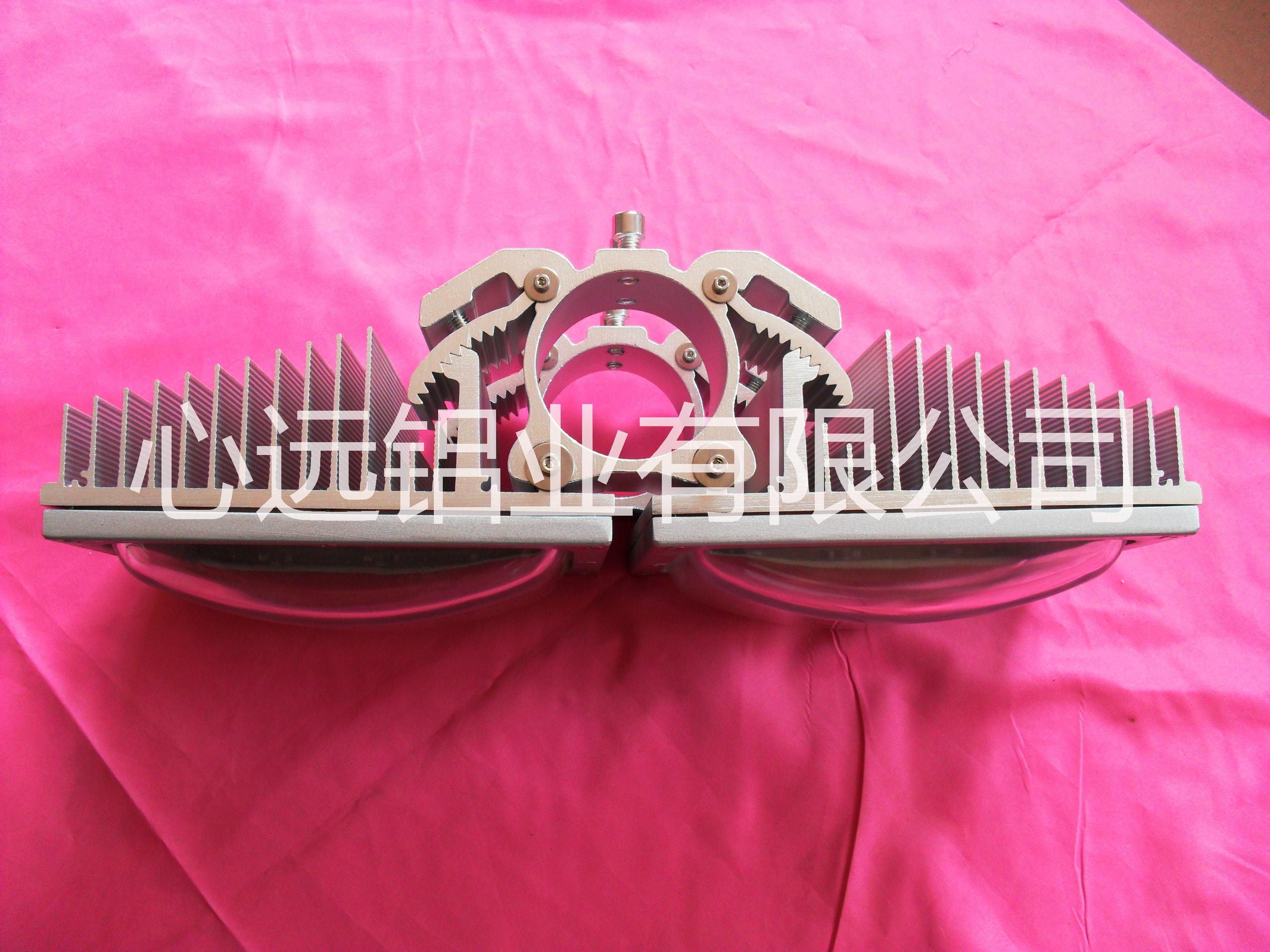 专业生产各类 LED外壳灯饰外壳线条灯外壳集鱼灯外壳