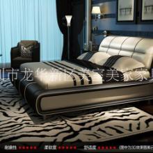 现代简约真皮婚庆双人床1.8米 厂家软体床定做批发