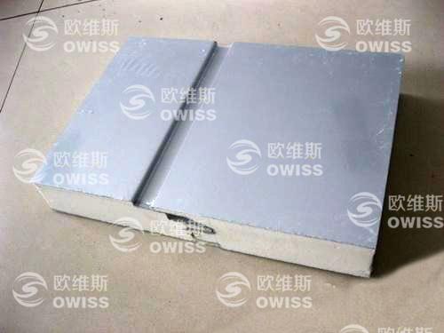 山东青岛新型聚氨酯夹芯板  聚氨酯彩钢板生产厂家 聚氨酯保温板
