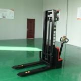 江苏金彭叉车 1.0吨电动堆垛车 步行式全电动叉车
