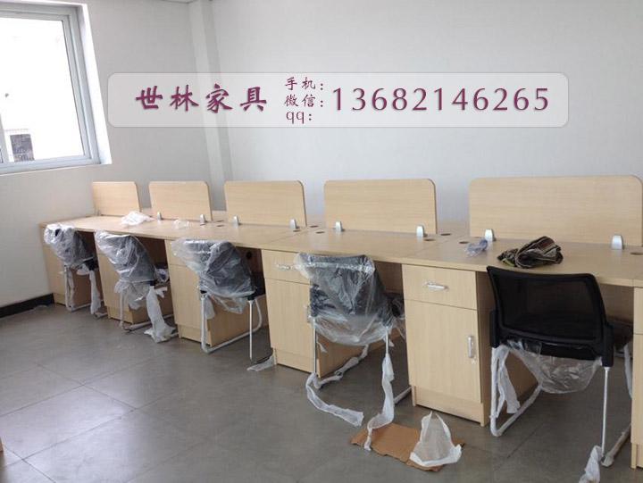 天津现代办公家具 天津办公家具订做 天津大班台厂家