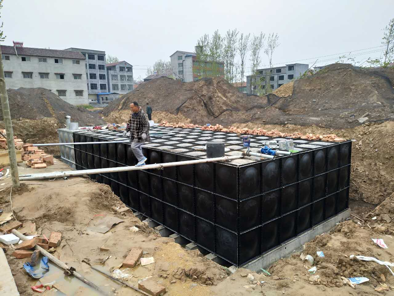 上海智悦供水厂家直销地埋消防水箱