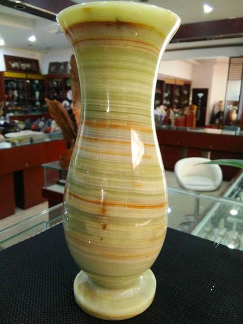 云南大理瓶--盛逹玉器