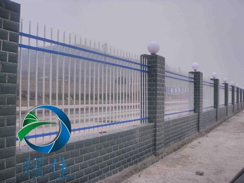 供应市政锌钢护栏网生产厂家-耀佳丝网