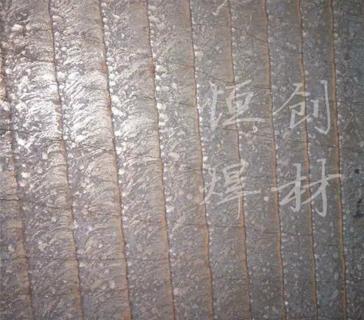 双金属堆焊耐磨钢板 双金属复合耐磨钢板 堆焊耐磨板