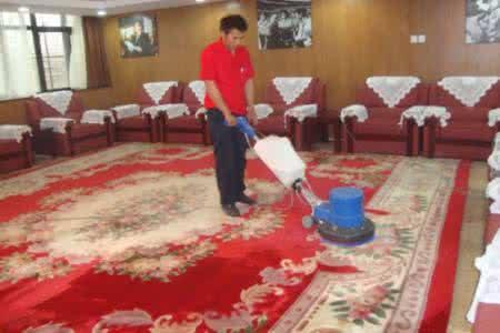 新泰地毯清洗多少钱一平方 泰安地毯清洗价格费用羊毛地毯多少钱一平