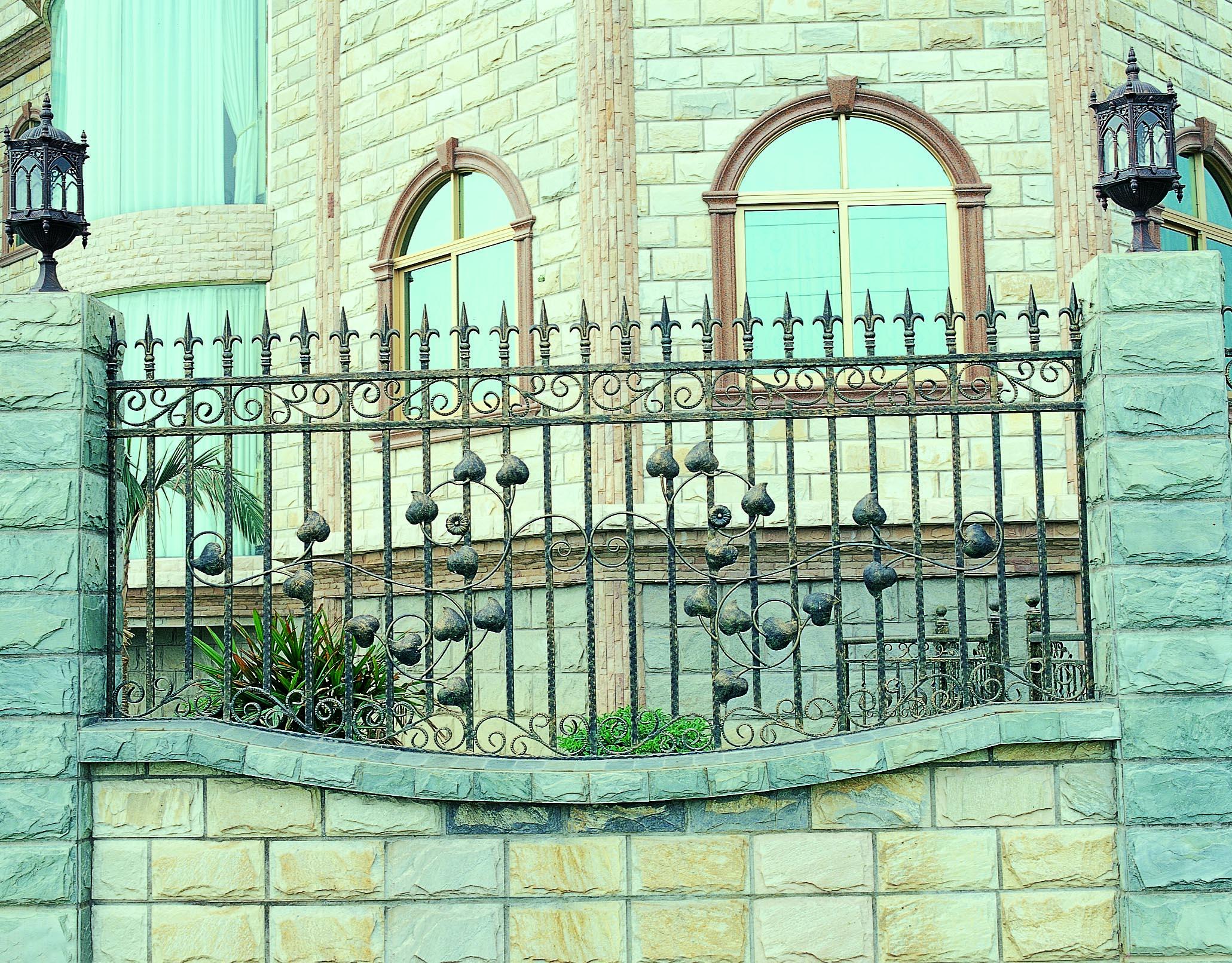 铁艺外围栏护栏欧式铁艺栏杆 手工锻造欧式铁艺外围栏