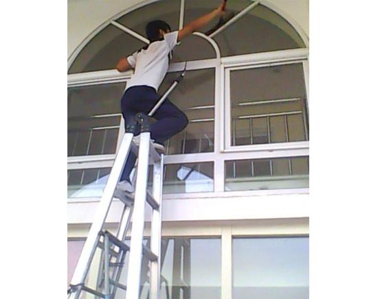 玻璃清洗、珠海专业玻璃清洗公司、珠海玻璃清洗那家好