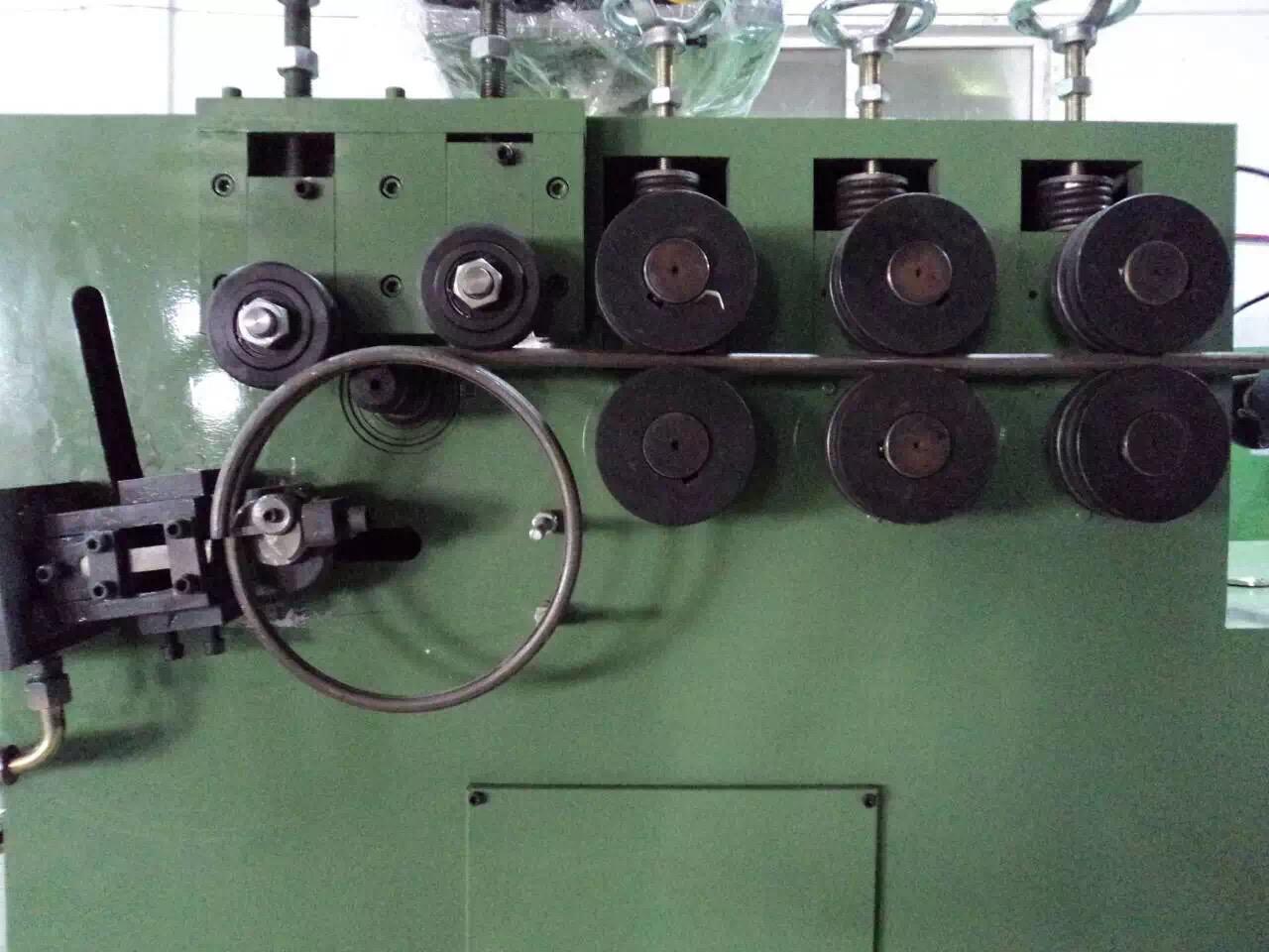 河南全自动打圈机生产厂家/钢筋圈扁钢圈打圈机 /打圈机打圈机价格