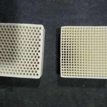 陶瓷过滤网耐高温,重庆市铸造过滤网厂家 铸铁过滤网广西图片