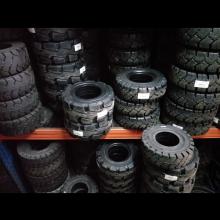 黑胶实心轮胎、黑胶实心轮胎厂家、黑胶实心轮胎采购、黑胶实心轮胎价格