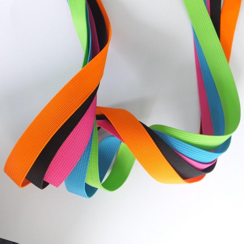 供应1寸坑纹织带 箱包织带涤纶 服饰饰品带