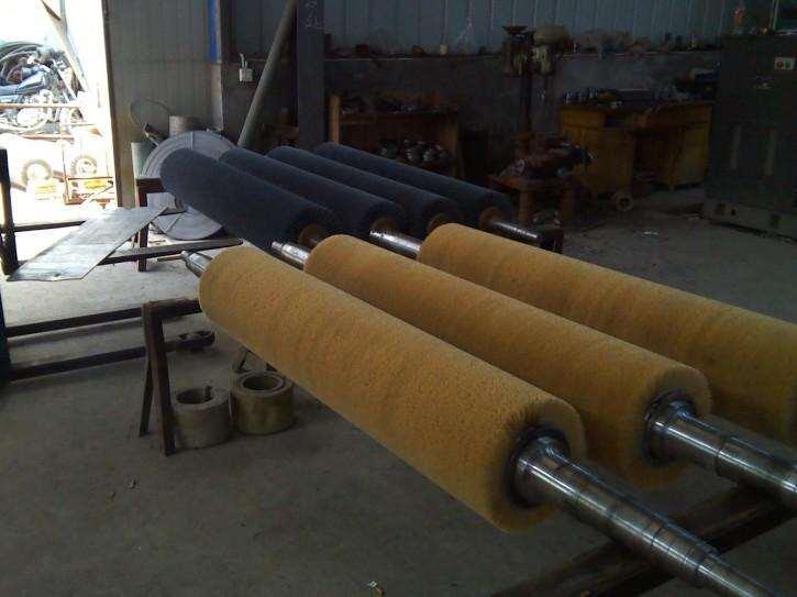 专业生产机械辊刷   辊刷  磨料丝辊刷  钢丝辊刷  安徽四方制刷品质保证