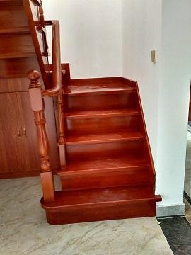 驻马店全屋定制实木整体楼梯优质商家扶手钢木楼梯铁艺扶手玻璃价格设计室内