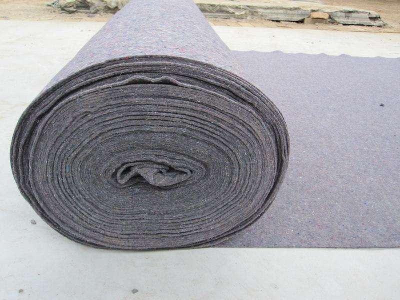 花无纺布 供应针刺无纺布 保温被生产原料 毛毡 供应针刺无纺布 灰色无纺布