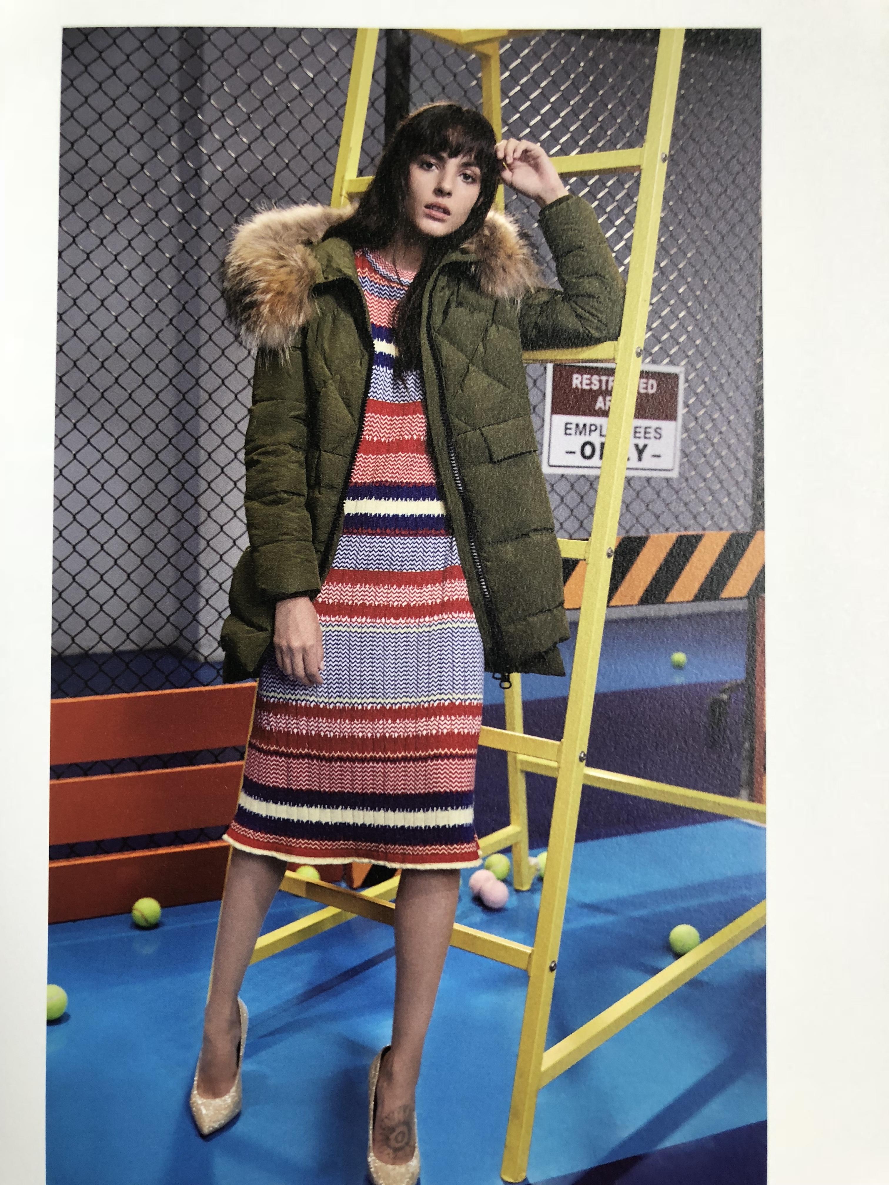 北京品牌金羽杰羽绒服品牌女装折扣走份批发 新款羽绒服