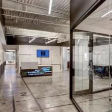 水泥基磨石地坪办公室应用案例分享营造家一样的自由办公环境批发