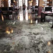 供应混凝土复古风装饰 铺面地坪做旧设计 商业空间做旧装修 成都艺术仿旧地板批发