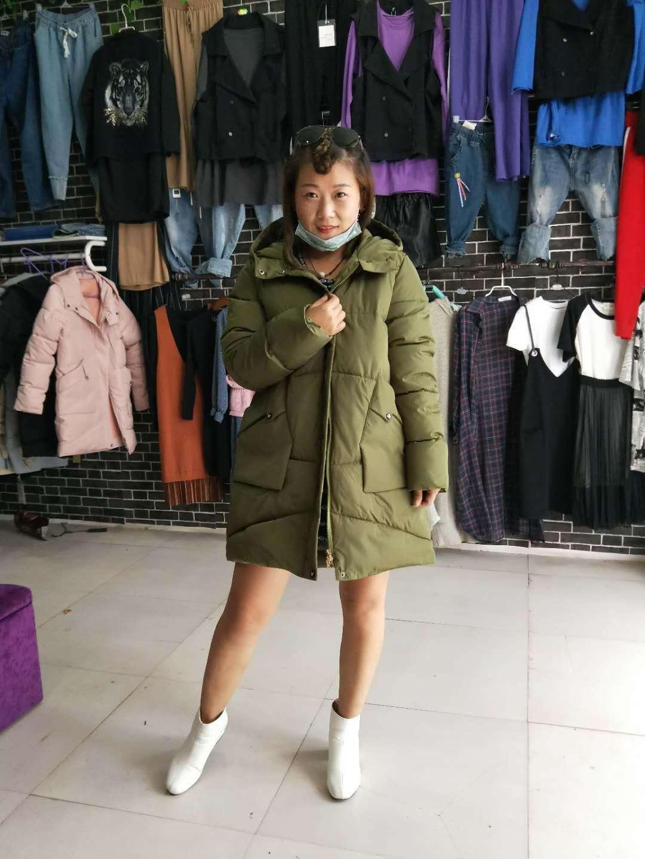 供应中中长款女款外套 女款外套厂家直销 女款外套