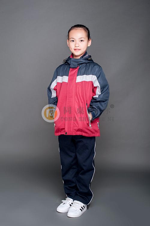 小学冬季校服保暖冲锋衣