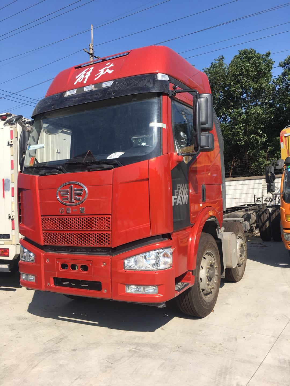 一汽解放 J6M重卡 标载型 240马力 6X2 9.5米厢式载货车
