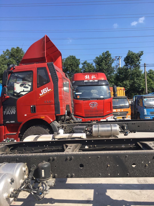 解放J6L质惠版9.7米货车 220马力 中卡