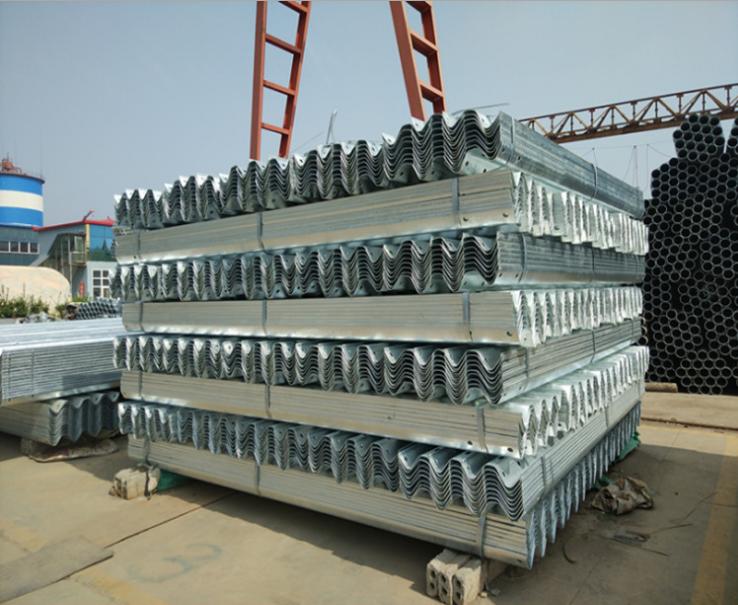 高速波形护栏板厂家 高速波形护栏板供应商 高速波形护栏板价格 高速波形护栏板电话 高速波形护栏板批发高速波形护栏板哪家