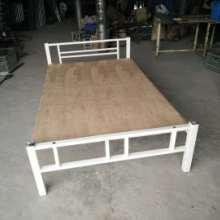 厂家销售幼儿园专 用床双层幼儿园床两层儿童床 东莞补习班桌子图片