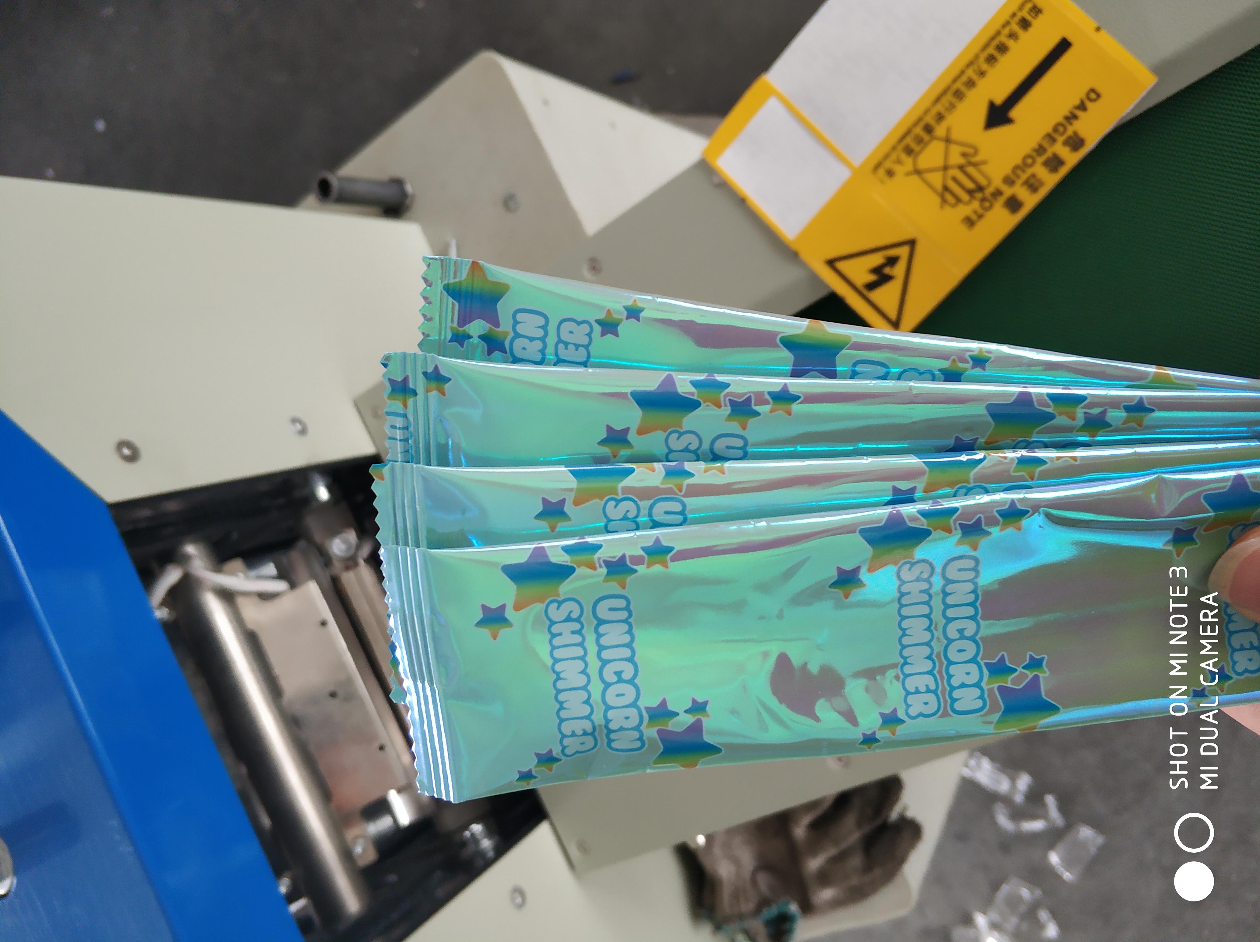 多功能枕式包装机玩具包装机 日用品枕式包装机 酒店用品包装机 五金包装机 食品包装机 玩具包装机生产