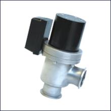 GDC-J电磁高真空挡板阀用途是以电磁力为动力直接带动阀板动作,使阀门开启或关闭。图片