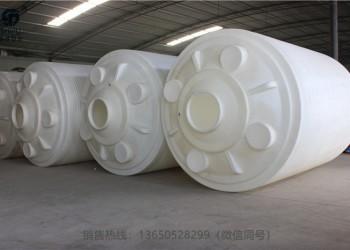 塑料防腐储罐图片