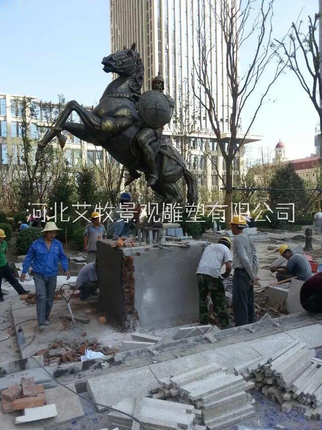 北京玻璃钢奔马雕塑树脂马雕塑造型