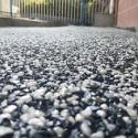 水洗石地坪 胶粘石地坪图片