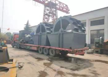 直销环保移动式制砂机产量高图片