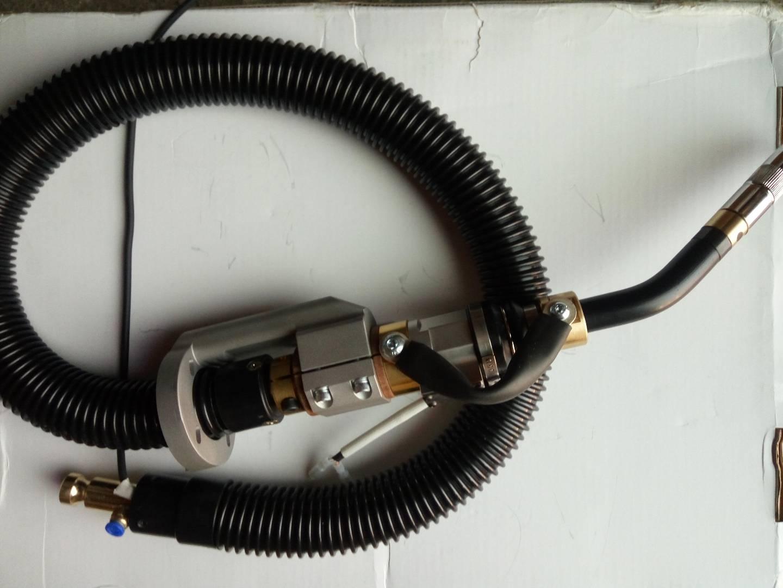 广东广州防撞内置水冷机器人焊枪厂家定制直销价格